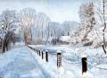 01 Snowmoat245